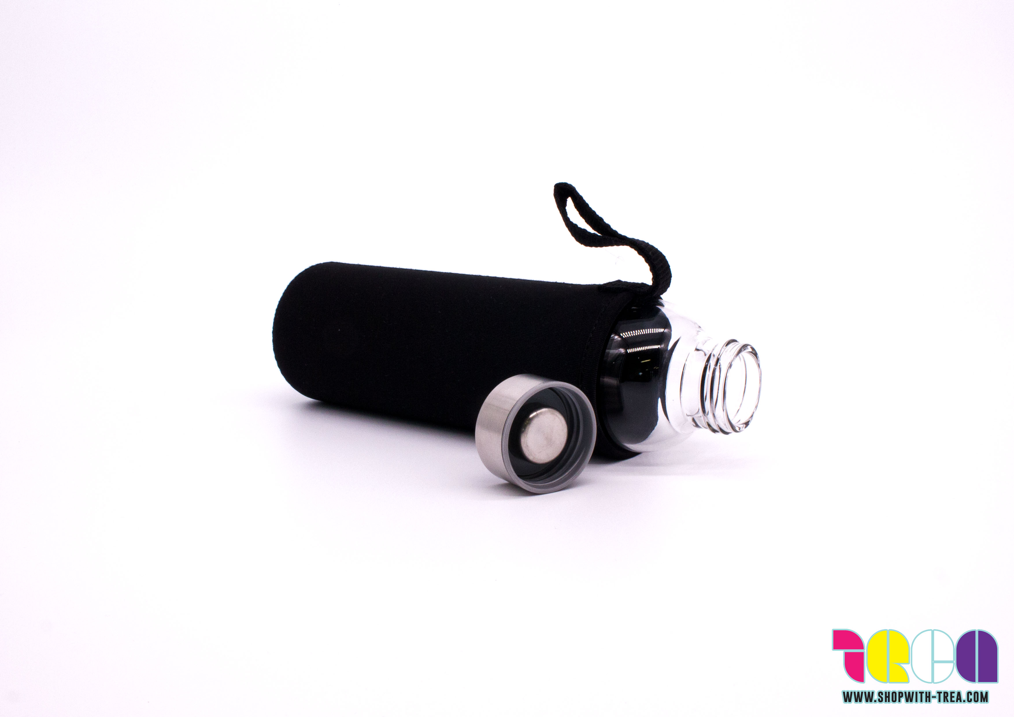 glass bottle with silicon pouch cover
